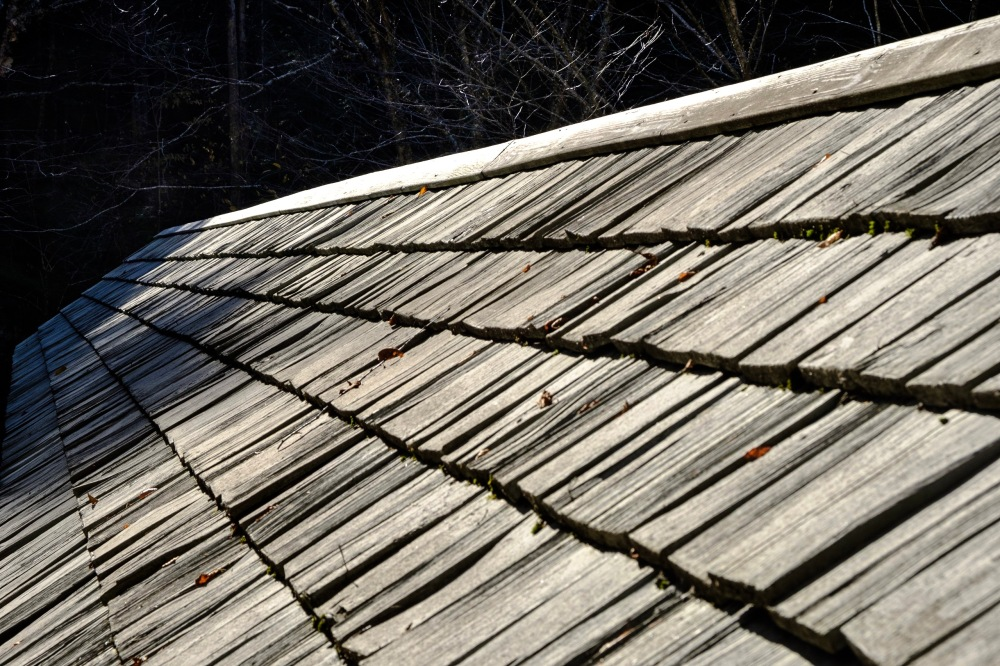 Roof of the covered bridge